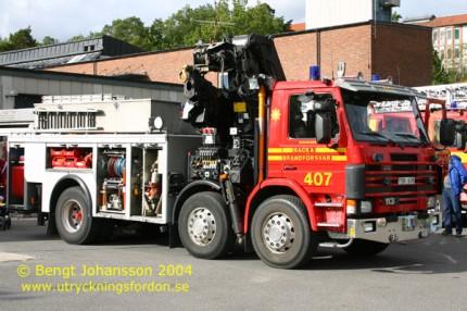 Kran-/räddningsbil Scania P 113 HL 360 6x2