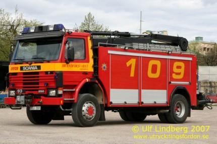 Räddningsbil Scania P 93 HK 4x2