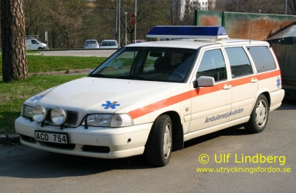Volvo V70 (Befälsbil)