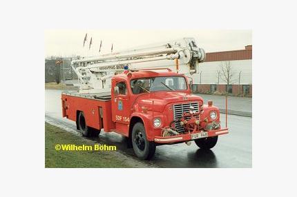 International 1600 S med hävare Wibe 616 hävare (16 m)