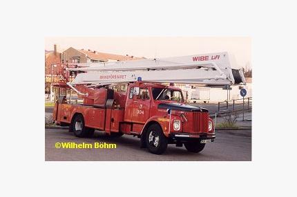 Scania-Vabis L 56 med hävare Wibe (22 m)