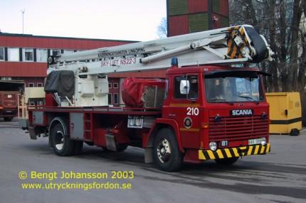 Scania LB 81 med Nummela Sky-lift NS 22-3