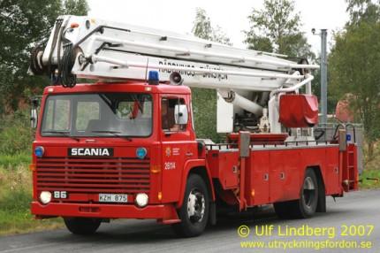 Scania LB 81 med Lebo-lift 822 (22 m)