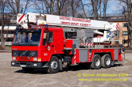 Volvo FL 12 Intercooler 6x2 med Bronto Skylift F32 HDT (32 m)