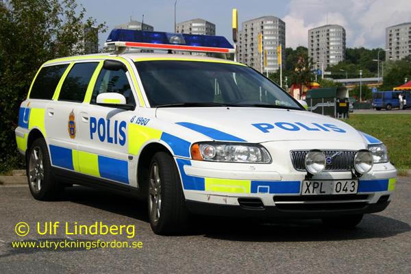 Polis Volvo V Ul on 2000 Volvo S70 Radio