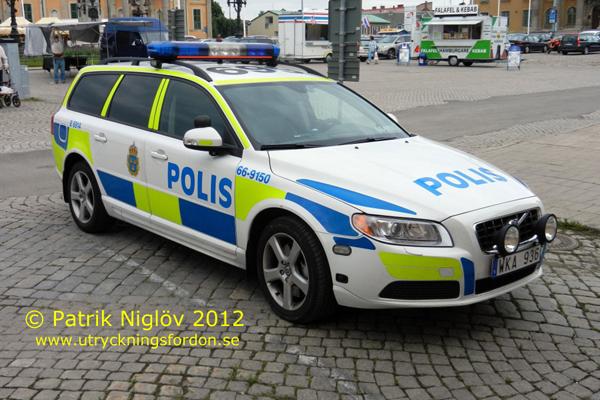 Polis Volvo V Pn on 2000 Volvo Xc70 Awd