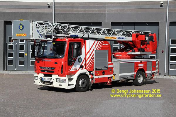 Scania P 410 DB / Metz