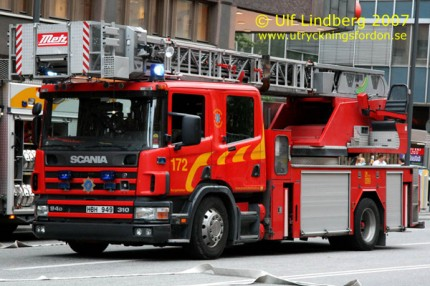 Scania P 114 GB / Metz