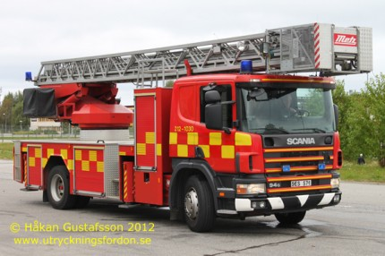 Scania P 94 DB / Metz