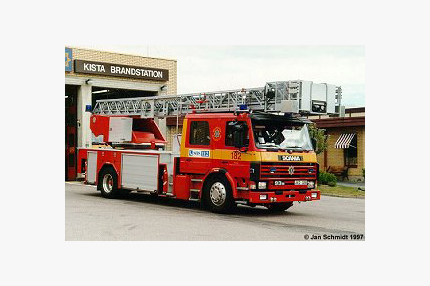 Scania P 93 ML/ Metz