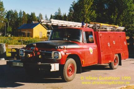 International C 1200 4x4