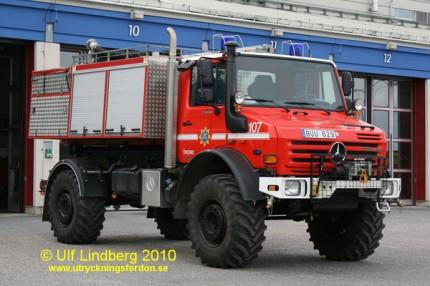 Mercedes-Benz Unimog UHN 5000