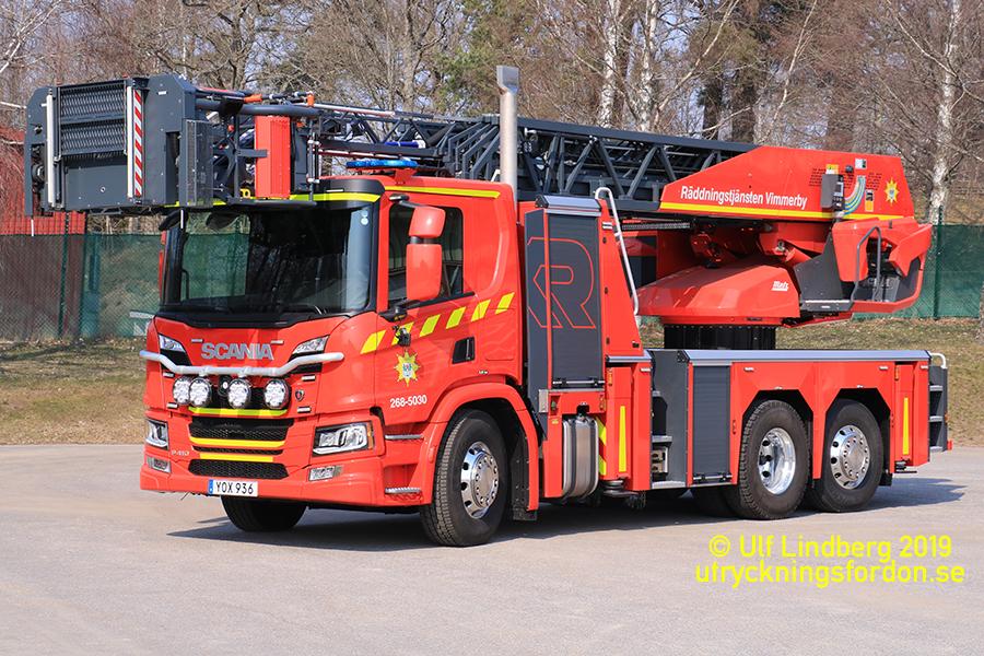 Scania P 410 / Metz